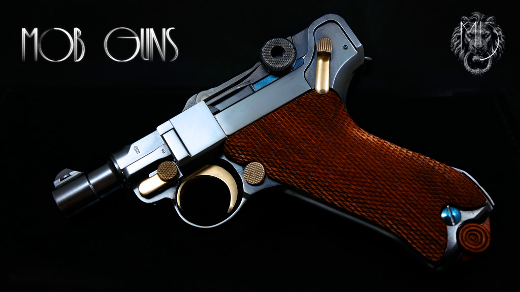 MOB GUNS Luger P08 Short Barrel Blue Checkered Walnut