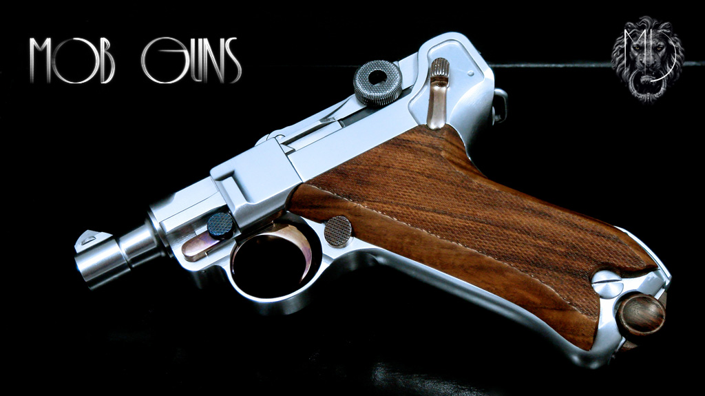 MOB GUNS Luger P08 Short Barrel Satin Checkered Walnut